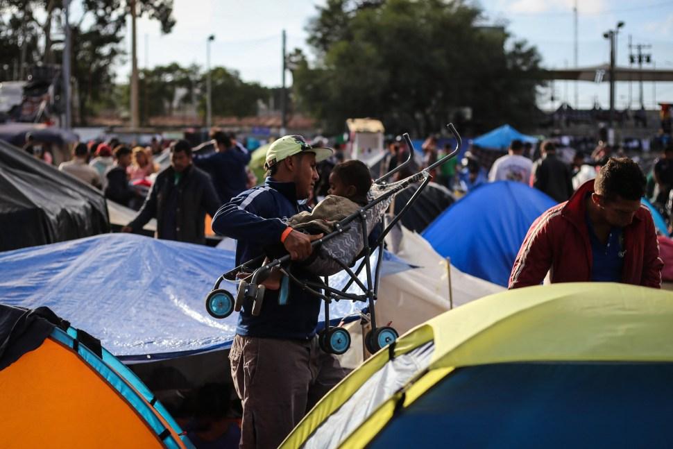 Migrantes centroamericanos obtienen empleo en México
