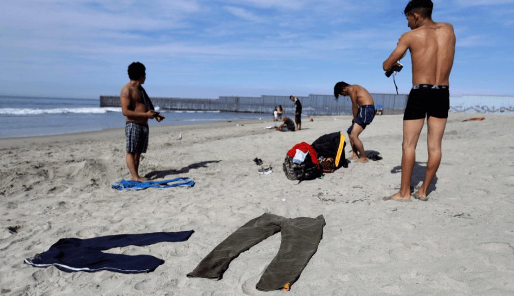 Caravana: Instalan mesa de trabajo en Baja California