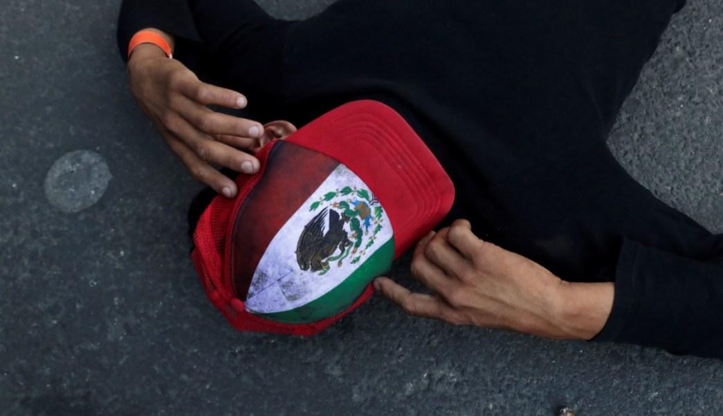 Migrantes llegan a sede de la ONU en CDMX; piden 'buses' para llegar a la frontera