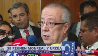 Monreal y Urzúa se reúnen tras polémica por comisiones bancarias