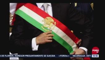 Morena busca cambiar el orden de los colores de la banda presidencial