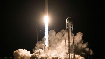 NASA lanza cohete Antares hacia EEI con varios experimentos