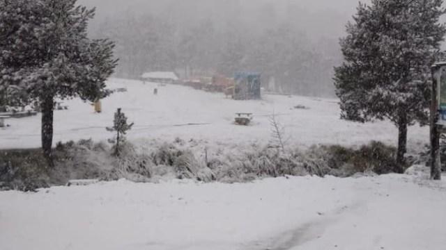 Nieve en La Marquesa es reportada por visitantes