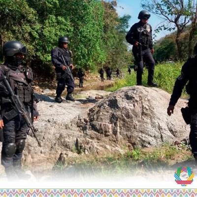 Suspenden clases en escuelas serranas de Guerrero tras irrupción de grupo armado