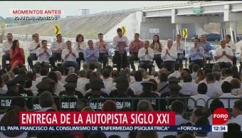 Peña Nieto entrega la autopista Siglo XXI, en Morelos
