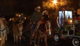 Peregrinos de Iztapalapa realizan cabalgata hacia la Basílica