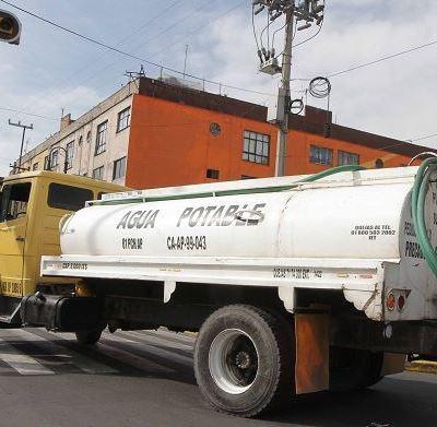 Gobierno CDMX recibió 350 llamadas solicitando pipas en primer día de corte de agua