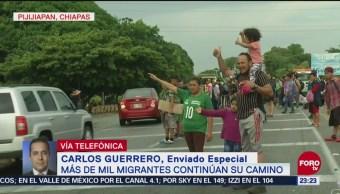 Policías Migratorios Buscan Grupos Dispersos Migrantes Deportarlos