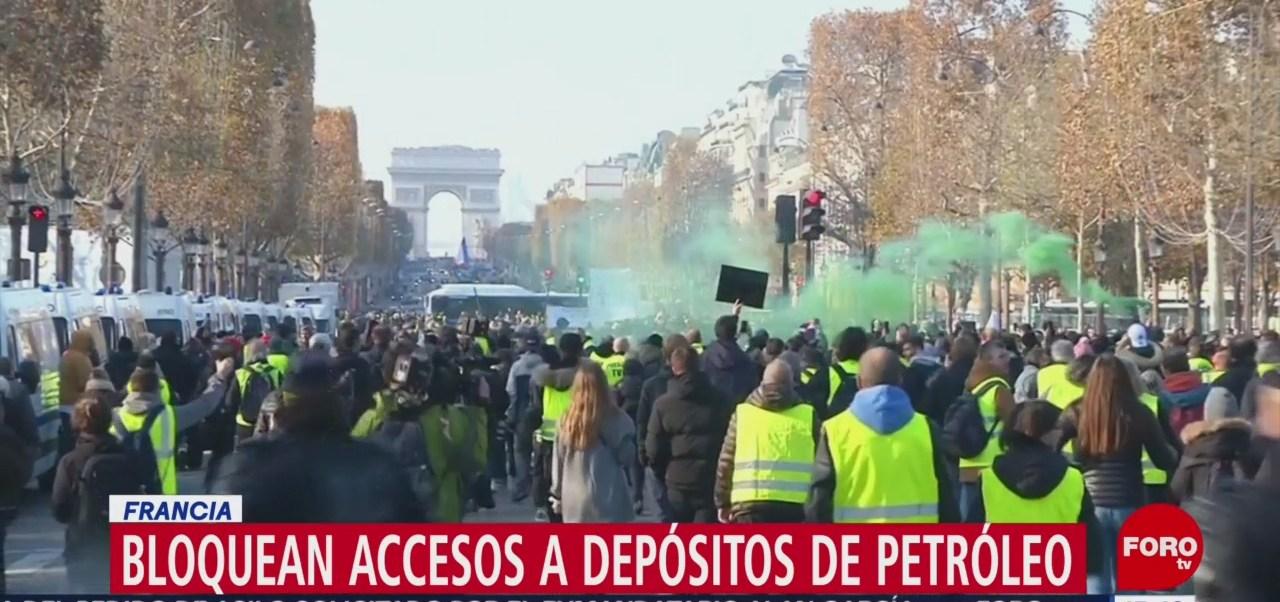 Protestan, Francia, Impuestos A Combustibles, Aumentos A Los Impuestos Sobre Los Combustibles,