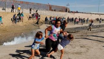 Redes sociales fuertes imágenes migrantes frontera EU
