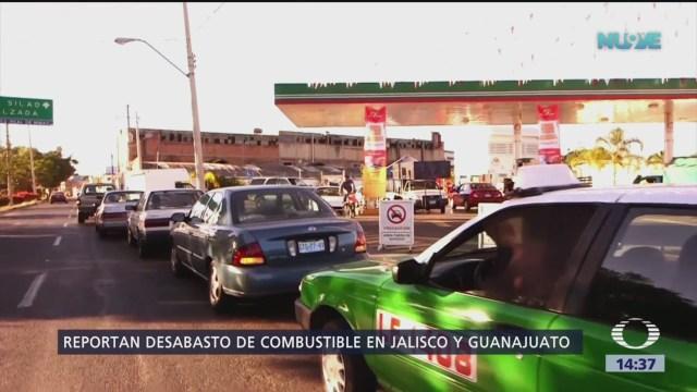 Reportan desabasto de combustible en Jalisco y Guanajuato