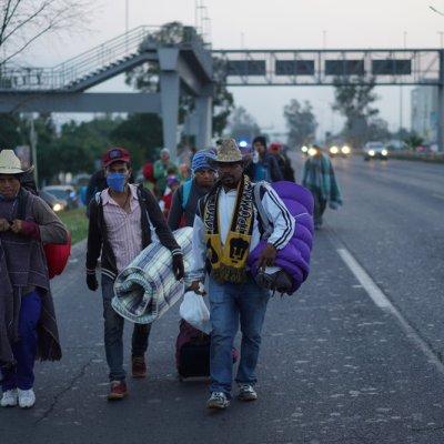Migrantes cambian ruta; llegan a San Luis Potosí