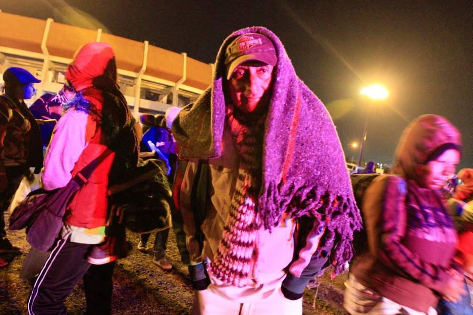 Caravana migrante retoma camino de Querétaro hacia Guanajuato