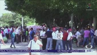 Siguen bloqueos de la CNTE en carreteras de Chiapas