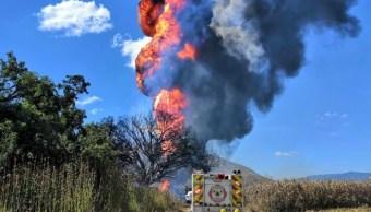 Toma clandestina provoca incendio en ducto en Jalisco