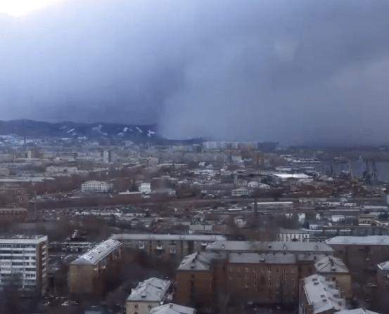 tsunami-nieve-cubre-ciudad-siberia-rusia-siberio