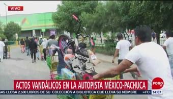 Vecinos de San Juan Ixhuatepec impiden actos vandálicos en autopista México Pahuca