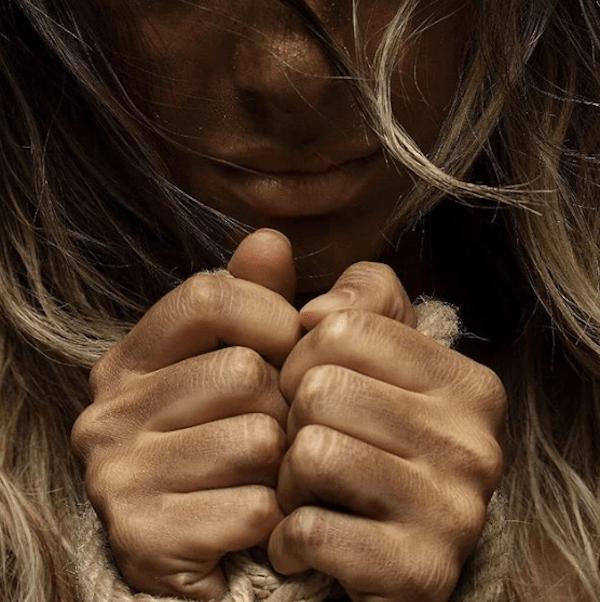 ¿Cómo ayudar a alguien que sufre violencia doméstica?