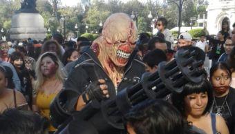 Zombis toman las calles de la Ciudad de México