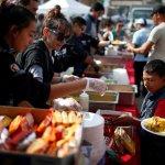 Así celebran la Navidad los migrantes en Tijuana