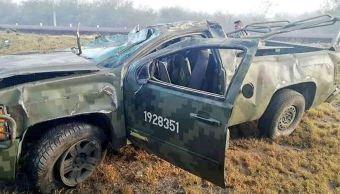 Vuelca camioneta militar en San Luis Potosí; hay un muerto
