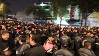 Bomberos de la CDMX acusan a nuevo director de querer despedirlos injustificadamente