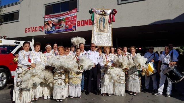 Bomberos de Nuevo León realizan peregrinación
