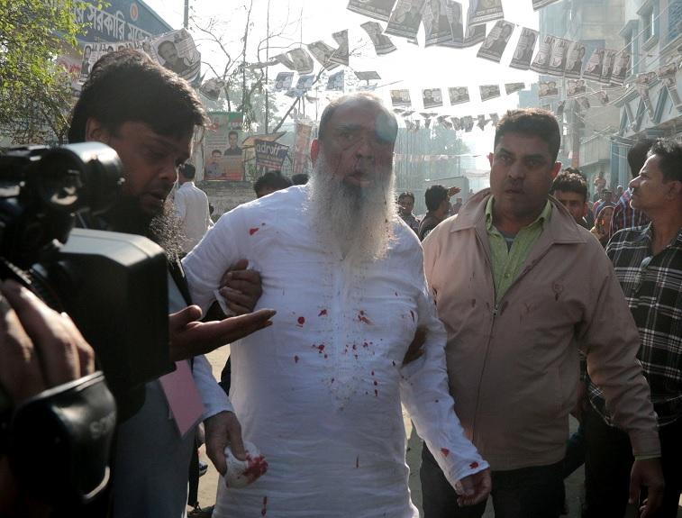 Bangladesh vota a gobernantes en jornada con 19 muertos
