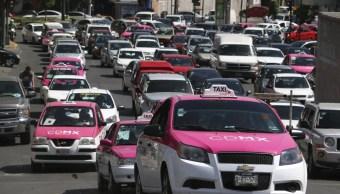 Cerca de 15 mil taxistas de CDMX, con maestría y doctorado