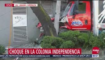 Choca Camión De Sonido Contra Un Poste En Alcaldía Benito Juárez, Alcaldía Benito Juárez, Choca Camión De Sonido, Calle Bolívar Y Eje 6 Sur
