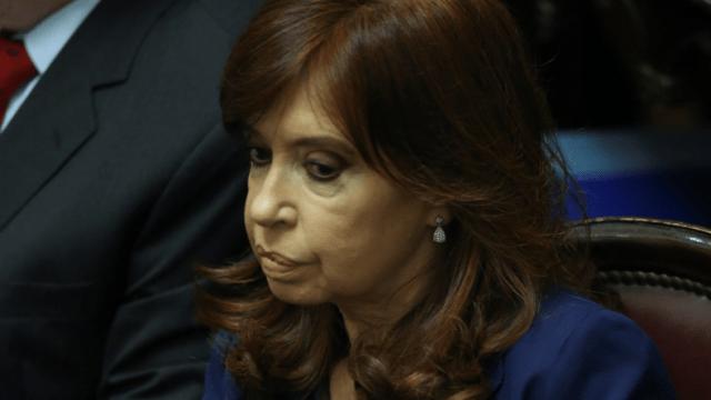 Tribunal confirma procesamiento por corrupción contra Cristina Fernández