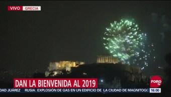 Dan la bienvenida al 2019 en Grecia