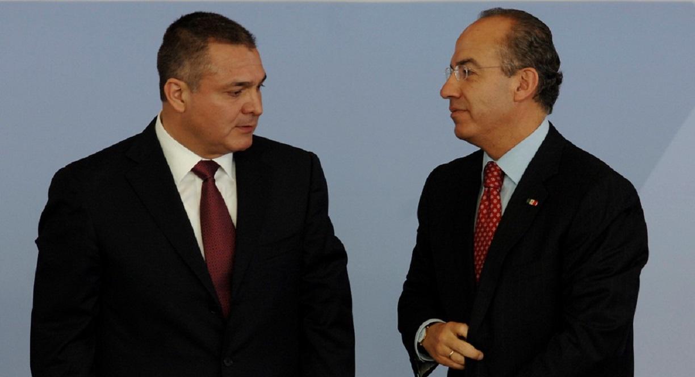 El Secretario de Seguridad Pública, Genaro García Luna y el Presidente Felipe Calderón durante la Ceremonia de inauguración del Centro de Mando de la SSP (Miguel Dimayuga)