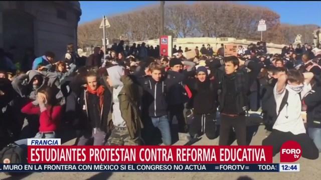 Estudiantes protestan en París contra reforma educativa de Macron