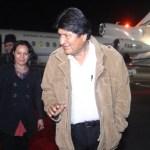 Evo Morales llega a México para asistir investidura de AMLO