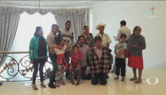 Familia De Guerrero Símbolo Del Cambio Los Pinos