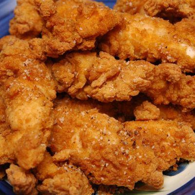 Humanos comen tanto pollo que ya están creando una nueva especie