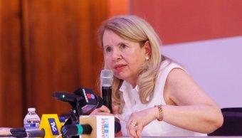 Renuncia Loretta Ortiz Ahlf a Morena