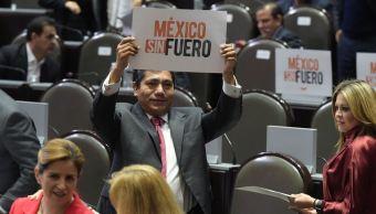 Renuncia diputado Jorge Luis Preciado a fuero constitucional