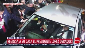 AMLO regresa a su casa tras discurso en el Zócalo de la CDMX