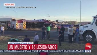 Camión de peregrinos choca en Guanajuato, hay un muerto y 16 heridos