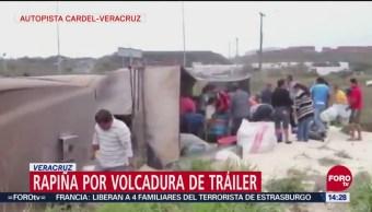 Rapiña Por Volcadura De Tráiler En Veracruz, Rapiña, Volcadura De Tráiler, Veracruz, Autopista Cardel-Veracruz, Chofer Salió Ileso