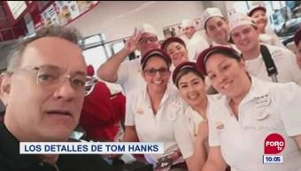Tom Hanks se toma foto con sus fans