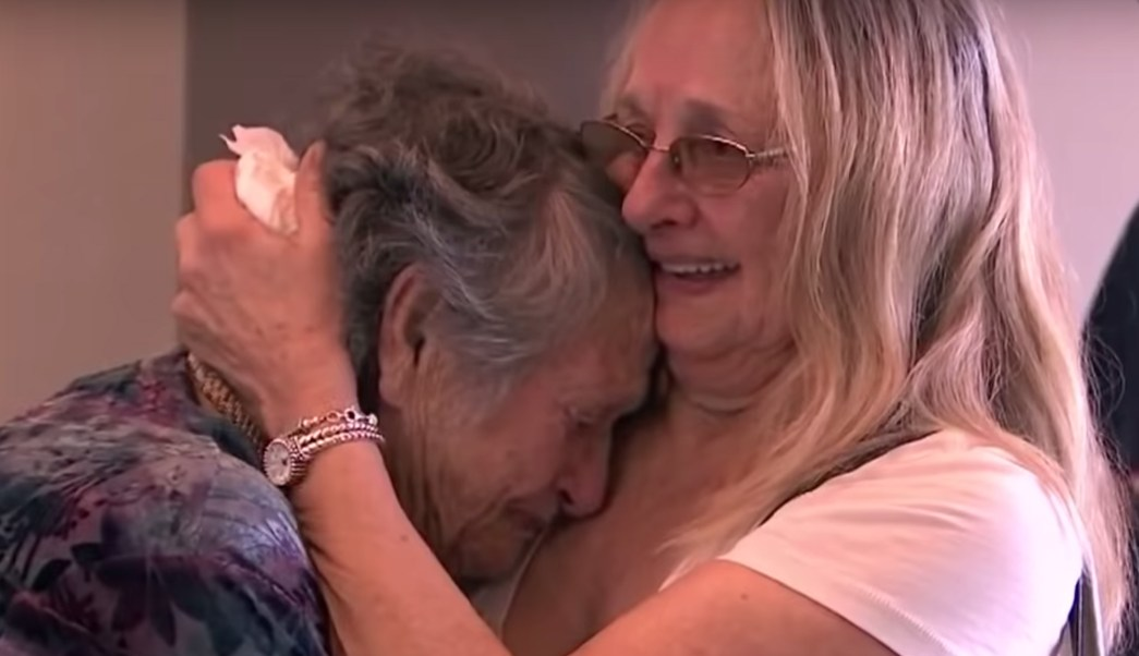 madre-reencuentra-hija-69-anos-despues