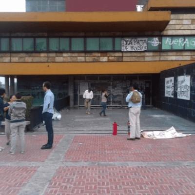 Disturbios en manifestación de la Prepa 2 dejan un lesionado