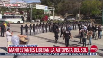 Manifestantes Retiran Bloqueo Autopista Del Sol