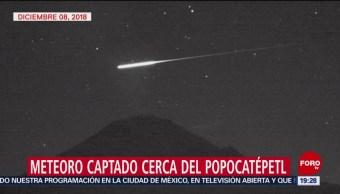 Meteoro Captado Cerca Del Volcán Popocatépetl