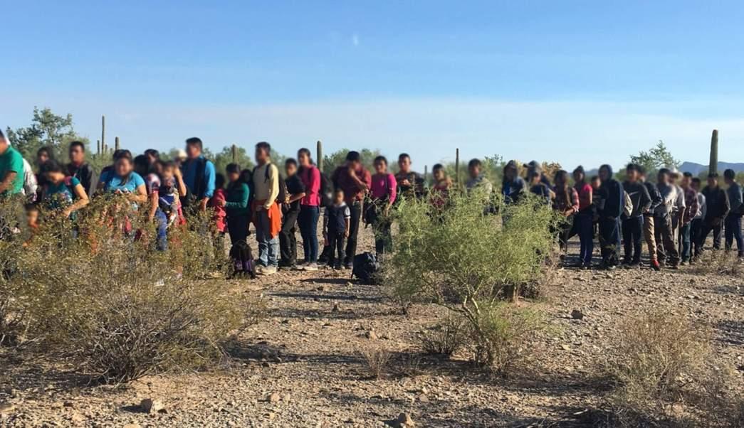 Caravana Migrante; aseguran 124 centroamericanos en Arizona