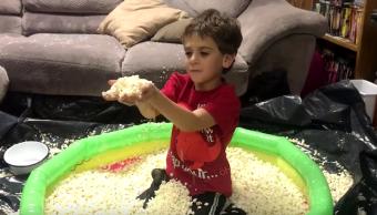 Video Niño fanático palomitas maíz recibe singular regalo