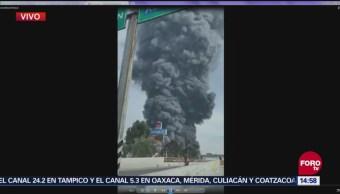 Reportan fuerte incendio en Naucalpan